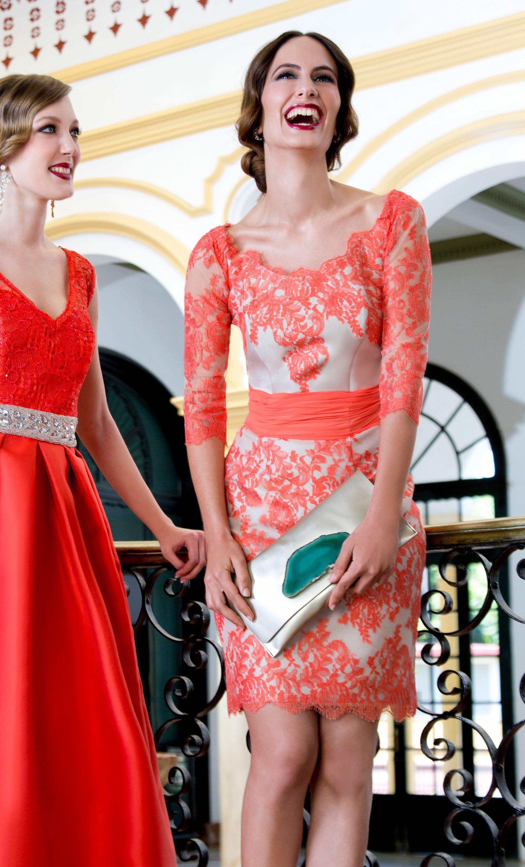 Vestido ANA TORRES Corto Encaje Coral