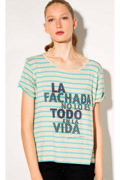 Camiseta DOLORES PROMESAS Rayas Mensaje