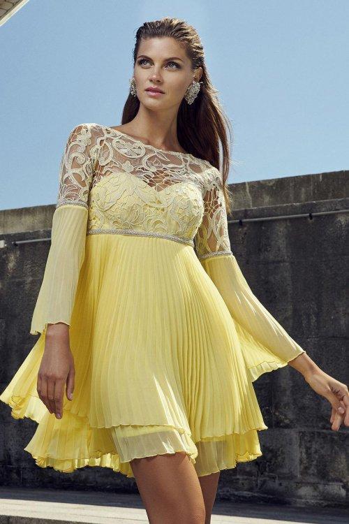 Vestido CARLA RUIZ Guipur y Gasa Plisada 95589