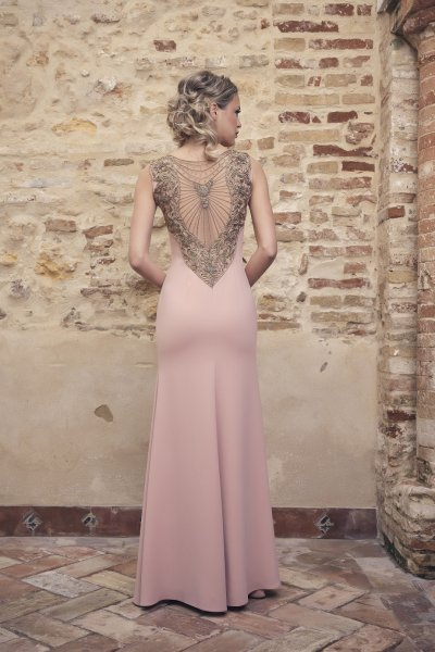Vestido NURIBEL Largo Espalda Joya 1490100