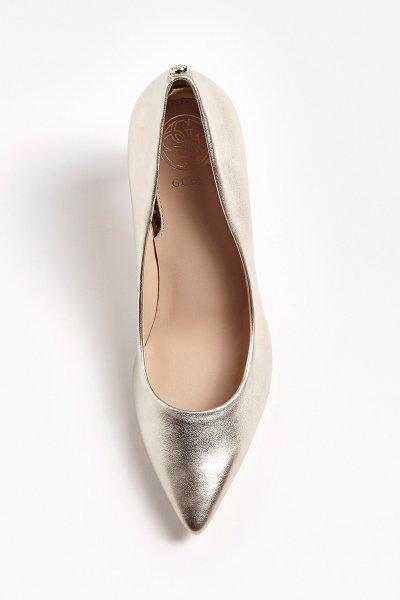 Zapato GUESS Salón Dorado FL5BE5LEM08