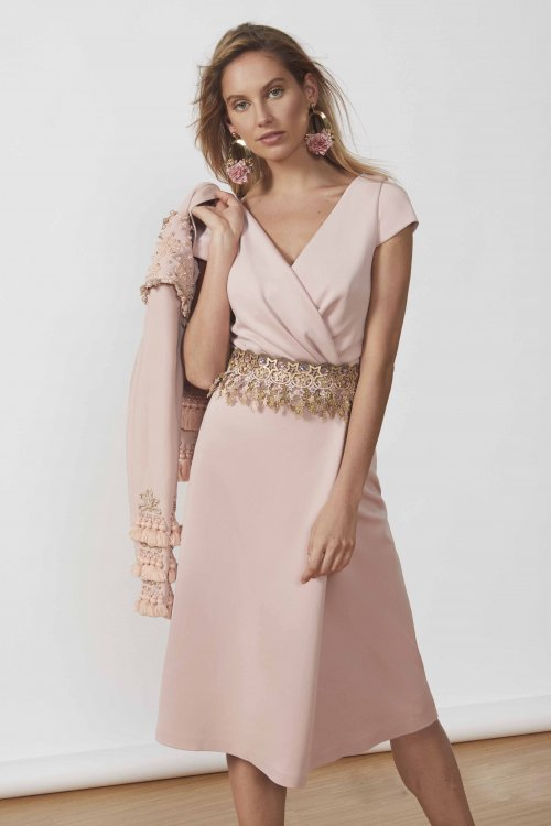 Vestido MATILDE CANO Corto Rosa + Fajin 7522