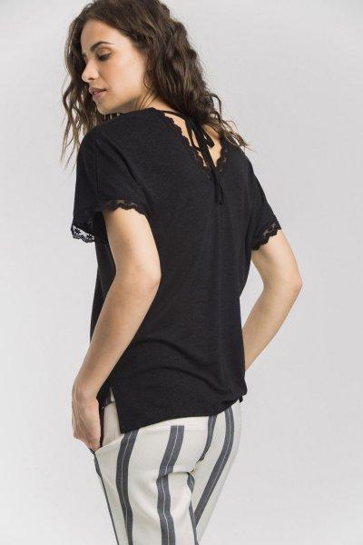Camiseta ALBA CONDE Negra Puntilla 1818-201-20