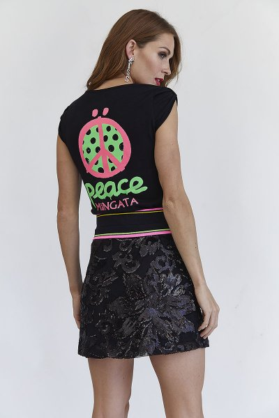 Camiseta MANGATA Negra Peace 2001-0700-412