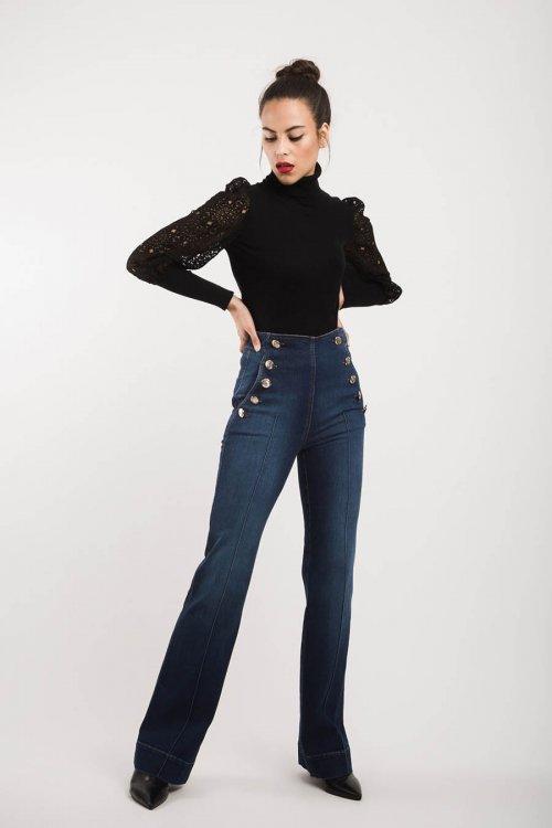Jeans ALBA CONDE Flare Con Botones 6503-405-30