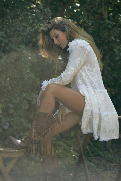Vestido MANGATA Bordado Blanco 2002-310-100