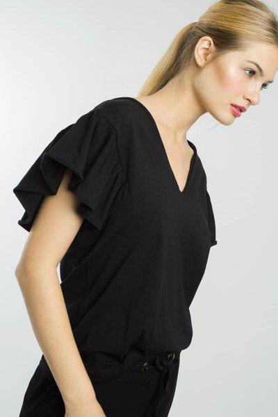 Blusa ALBA CONDE Negra Con Volante 2805-500-20